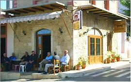 Prines: Taverna Giannikos wird als Kafenion benutzt